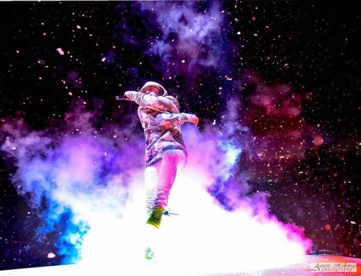 Live concert photo of TOBYMAC