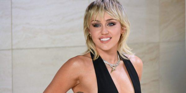 Miley Cyrus & Dua Lipa